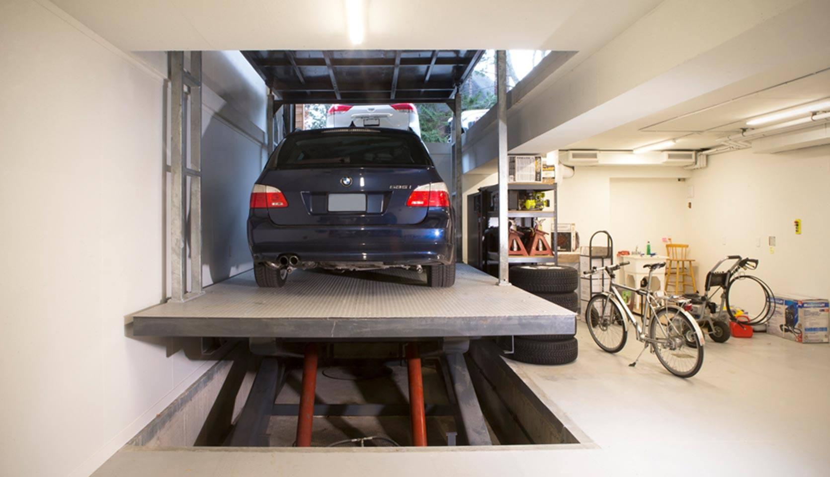 severnwoods-modern-rosedale-house-garage-with-car-lift
