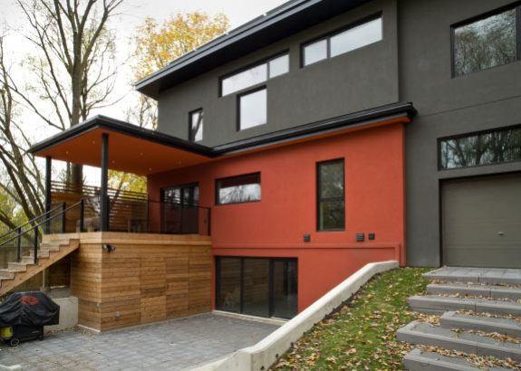 modern-exterior-home-in-toronto