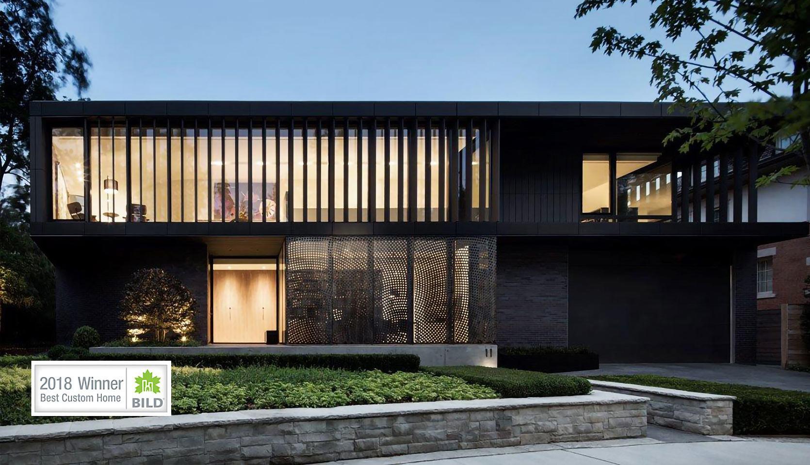 severnwoods-modern-rosedale-house-outside-night-time