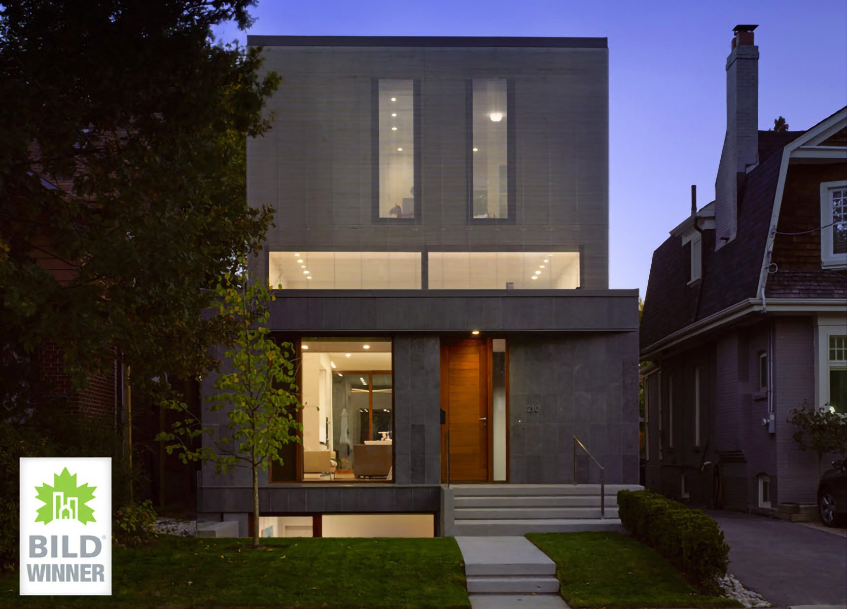 counterpoint-house-front-exterior-night
