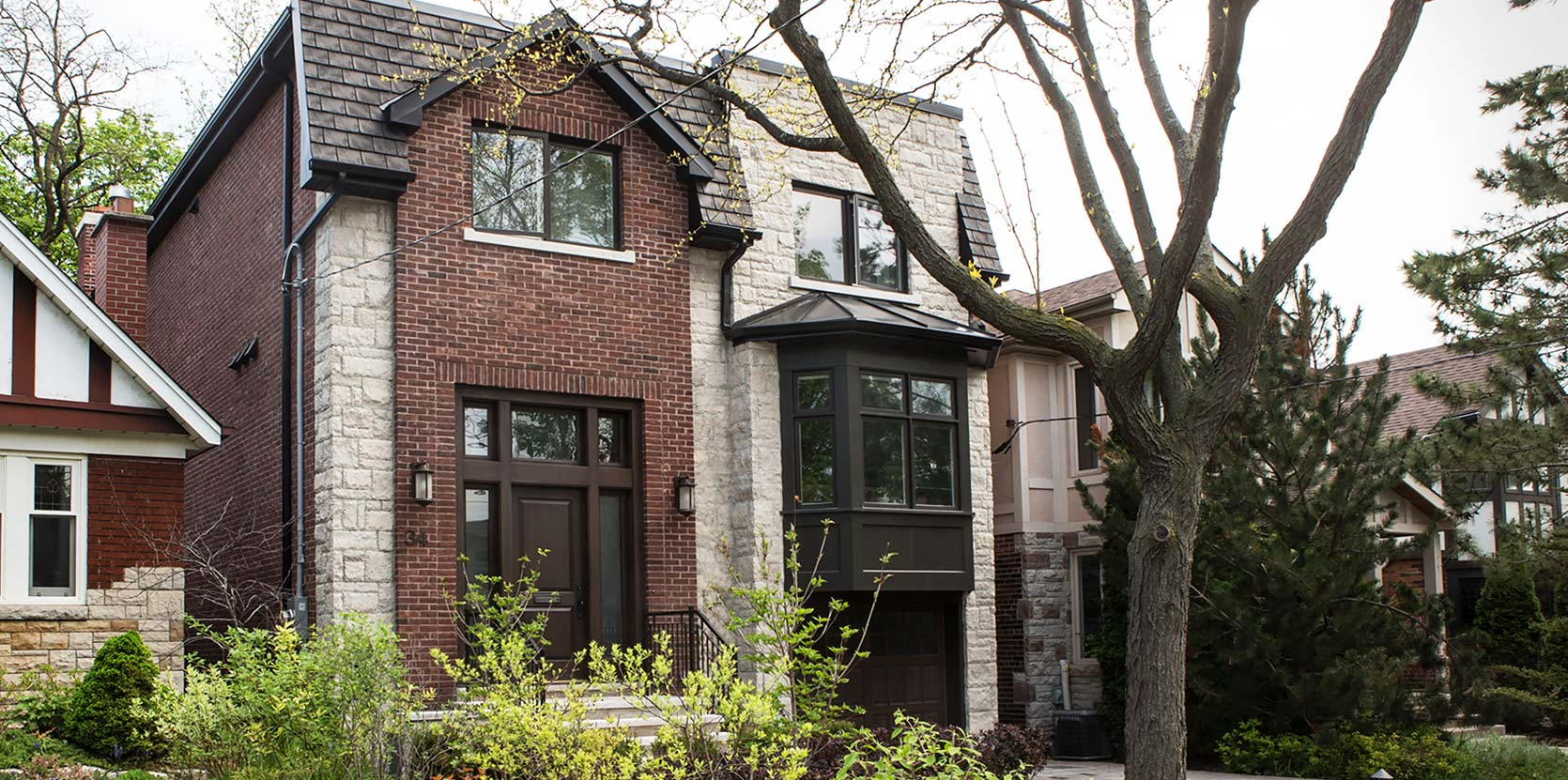 leaside-house-exterior-day