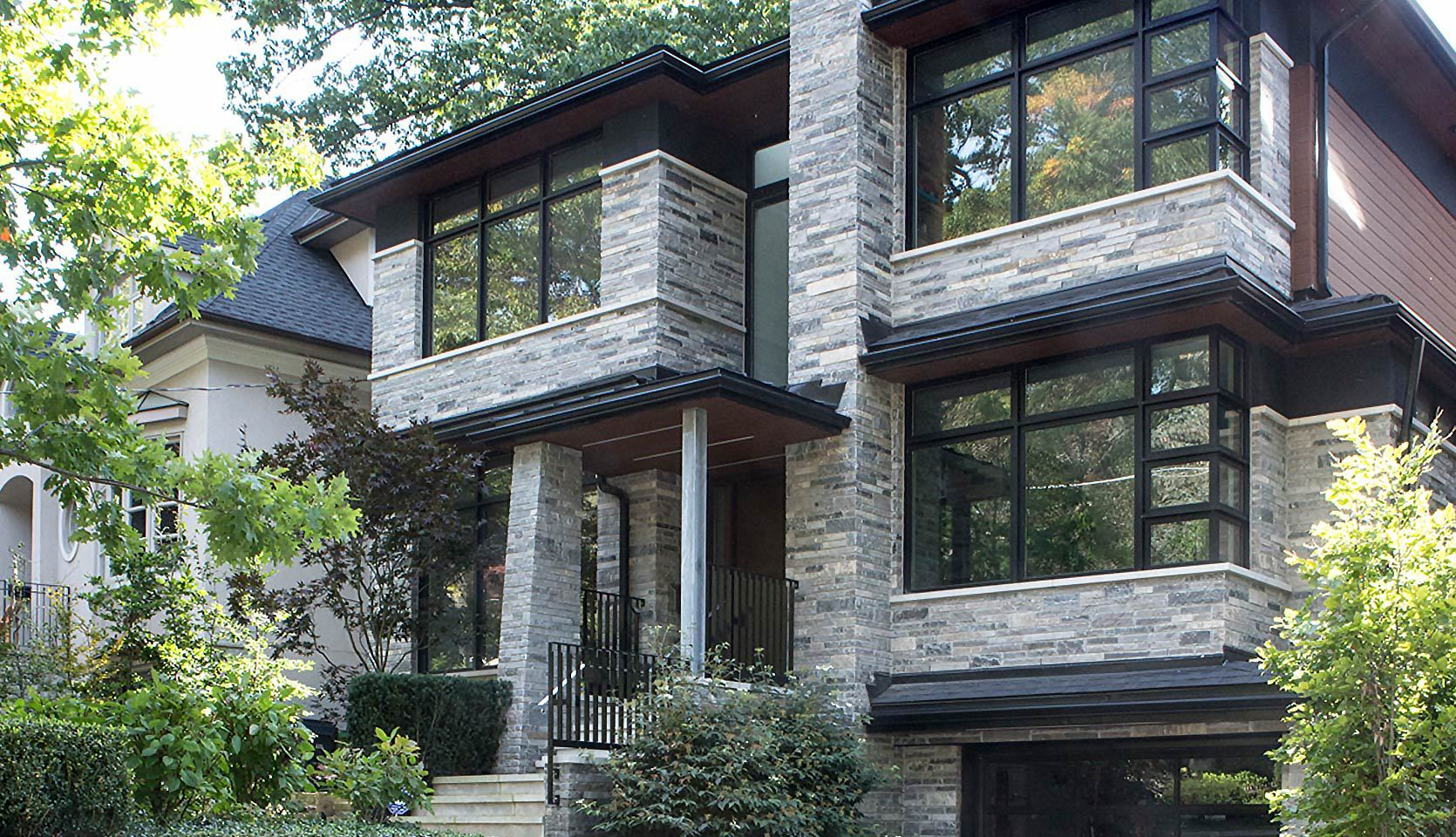 severnwoods-custom-home-beach-ravine-exterior-day