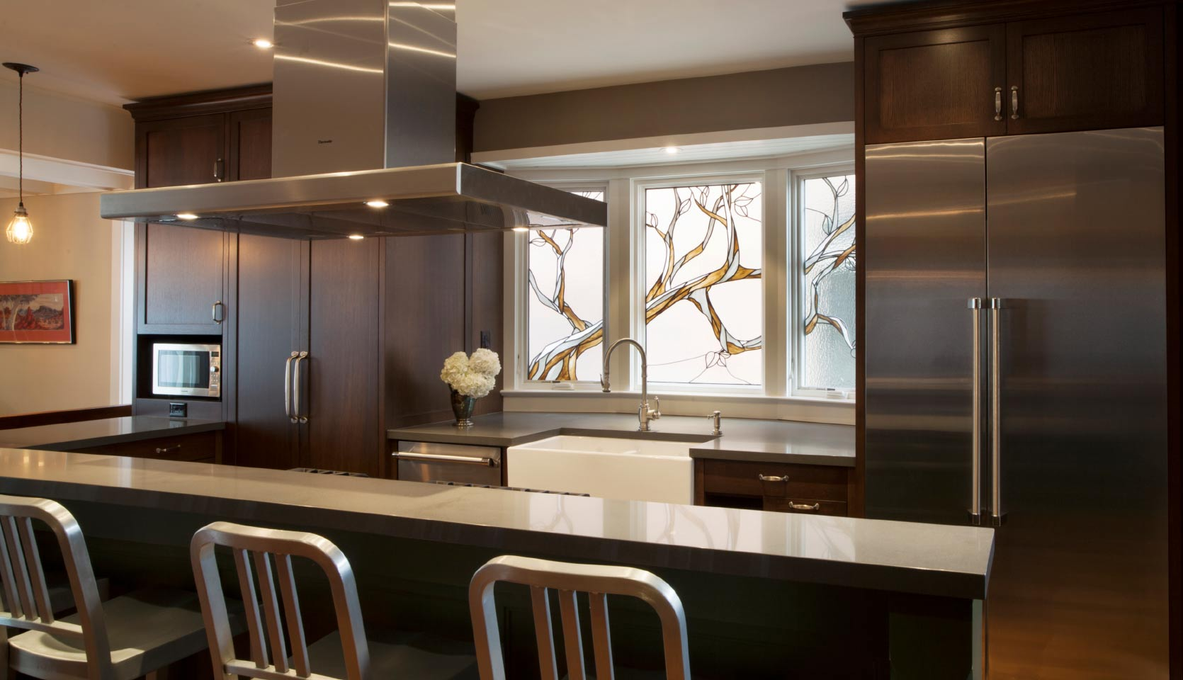 Playter-Estates-home-renovation-with-gourmet-kitchen-mahogany-cabinets-and-island-side-view