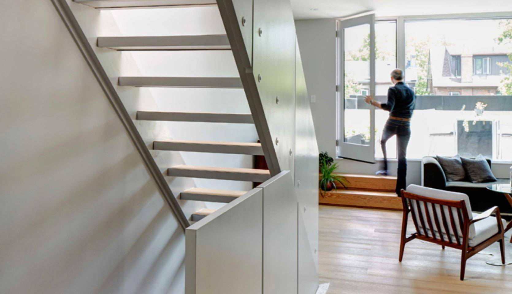 Leslieville-Contemporary-House-Stairs